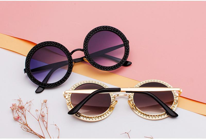 Óculos feminino redondo luxo pedras - R  78.00,  5874, compre agora ... 173eeeacd7