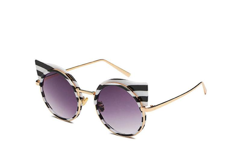 Óculos feminino redondo fashion listras - R  68.00,  5876, compre ... 376625bfbc