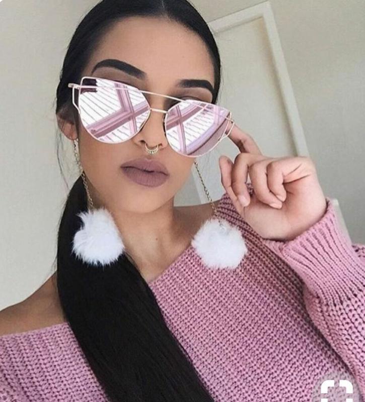 d03c8c3ad1157 Óculos espelhado feminino de marca barato promoção famosos - R ...