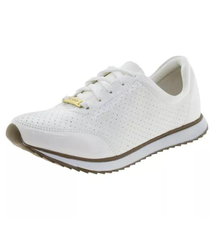 be6126dcb62 Tênis feminino jogging branco via uno verniz - R  69.90  9940 ...