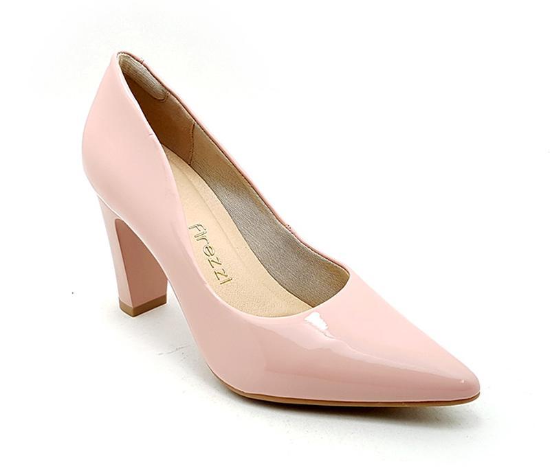 2161249b4c8 Sapato feminino scarpin firezzi verniz rosê - R  119.90 (salto ...
