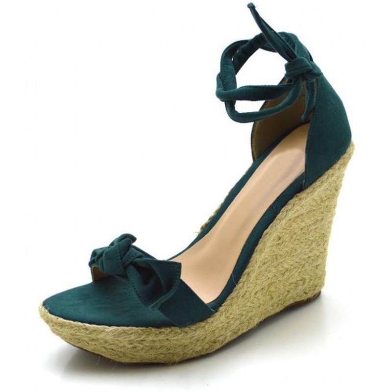 118533d236 Sandália anabela tira com laço verde musgo amarrar na perna - R ...