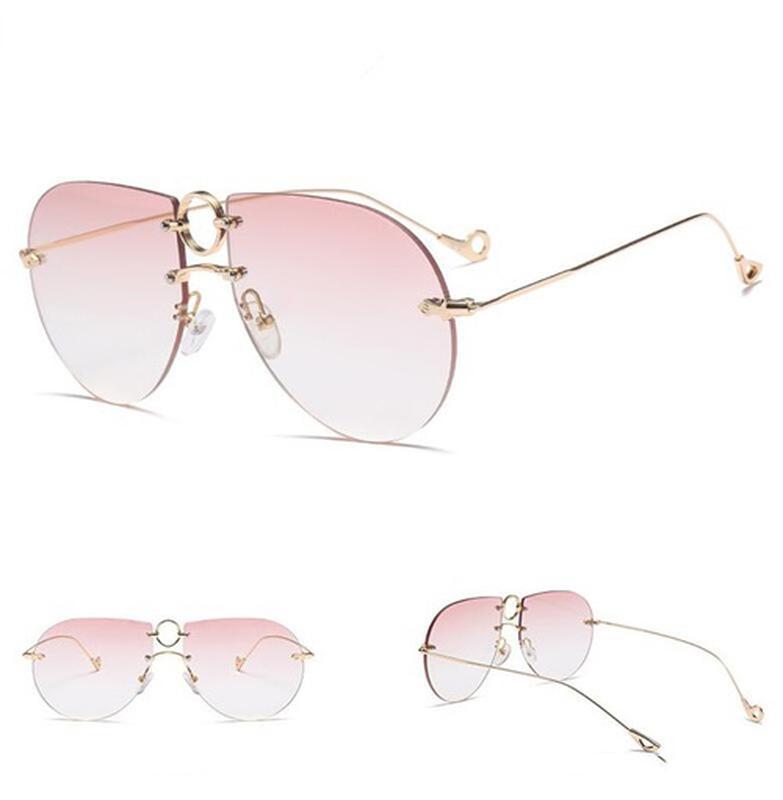 Óculos de sol feminino aviador - R  50.00,  1658, compre agora   Shafa 17436a93a8
