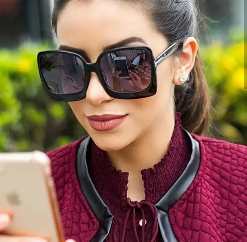 699293fd8e2a2 Óculos quadrado estiloso feminino preto moderno grande lindo - R ...