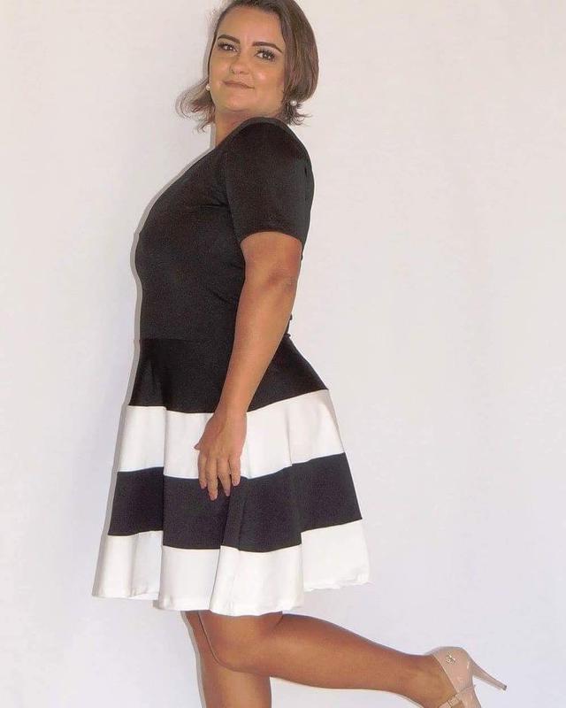 066de89ce Vestido plus size rodado bicolor1  Vestido plus size rodado bicolor2