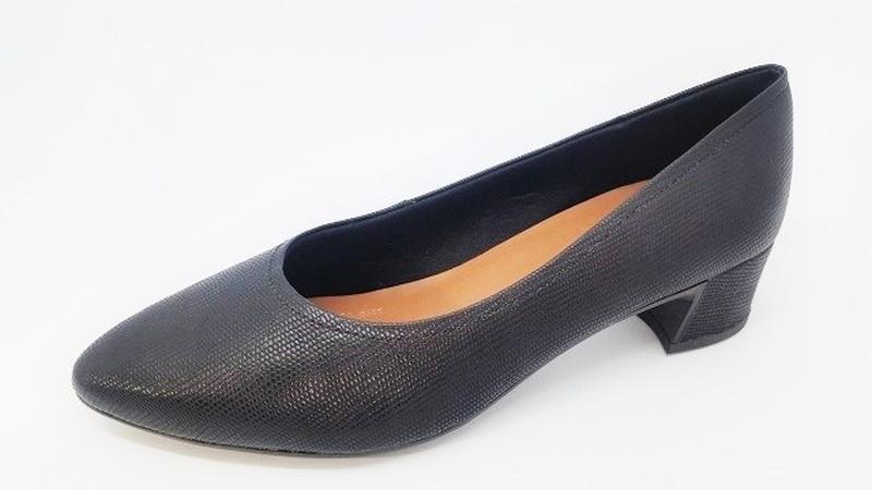 96c71698965 Sapato bico fino usaflex preto 40 41 42 - R  127.33