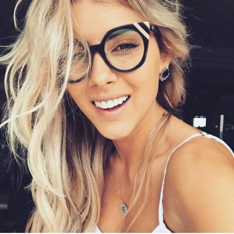 f7ce2e8600f6c Armação de óculos gatinho linda estilosa blogueiras com case - R ...