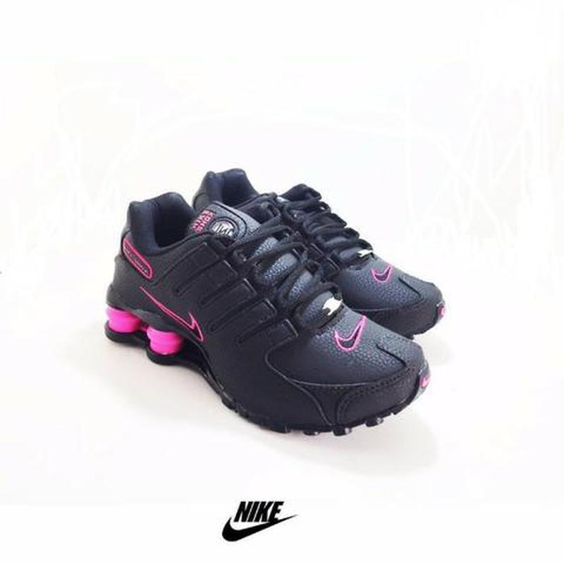 94a19f6ff93 Tênis nike shox nz feminino preto  rosa - R  169.00 (importado
