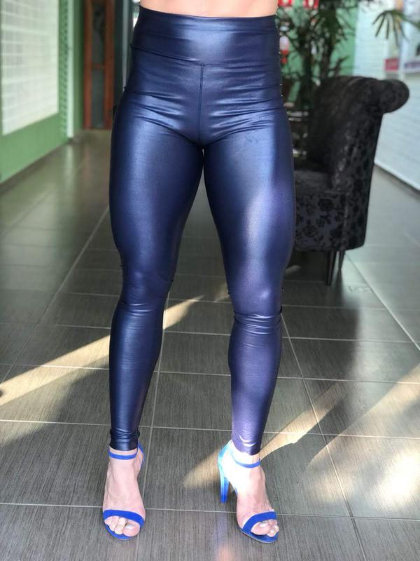 3d0dcc13bf Calça legging de couro fake ou sintético ecológico (cirrê) azul marinho   blackfriday1 ...